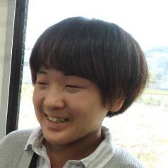 山田 紫帆里